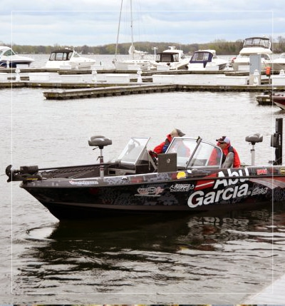 green bay wisconsin fishing guide boat