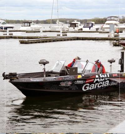 green bay wisconsin fishing guide boat