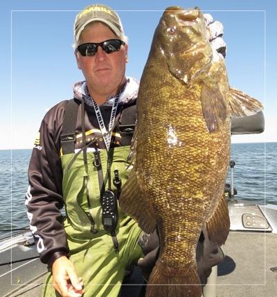 bret alexander fishing guide in green bay wi