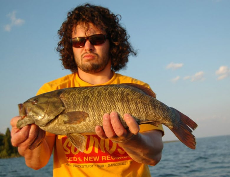 smallmouth guide service sturgeon bay wi