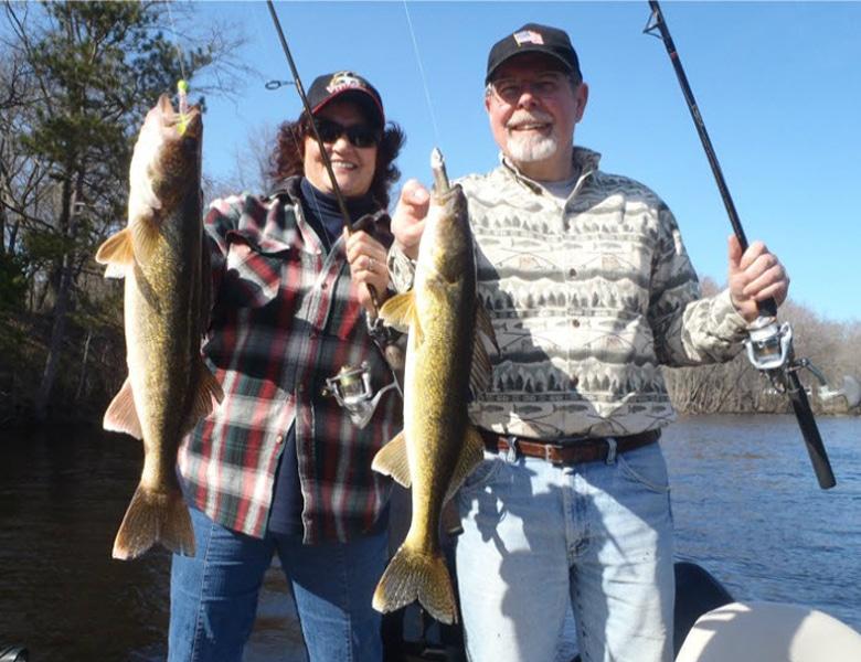 fox river walleye fishing guide green bay