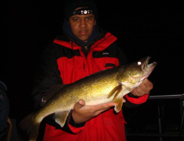 top walleye fishing guide green bay